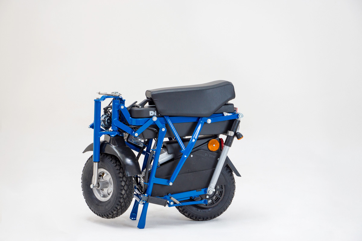 R70 folding electric moped