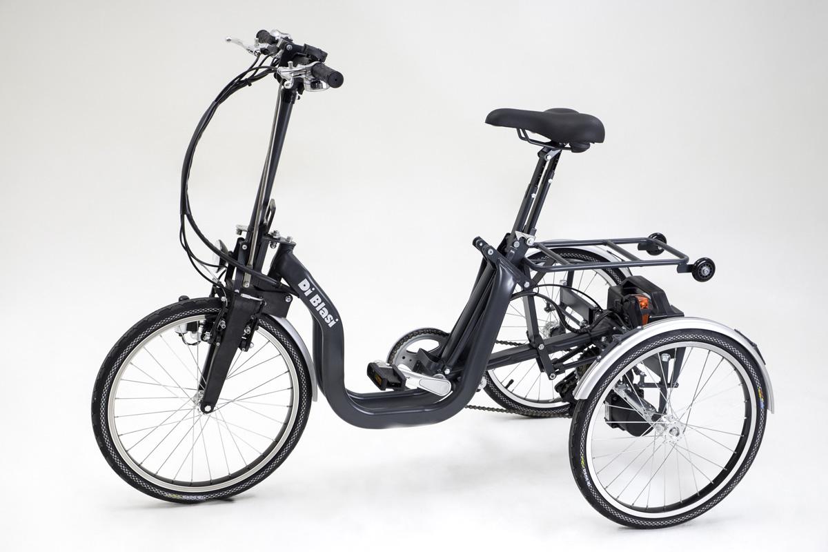 _triciclo-grigio_batteria1