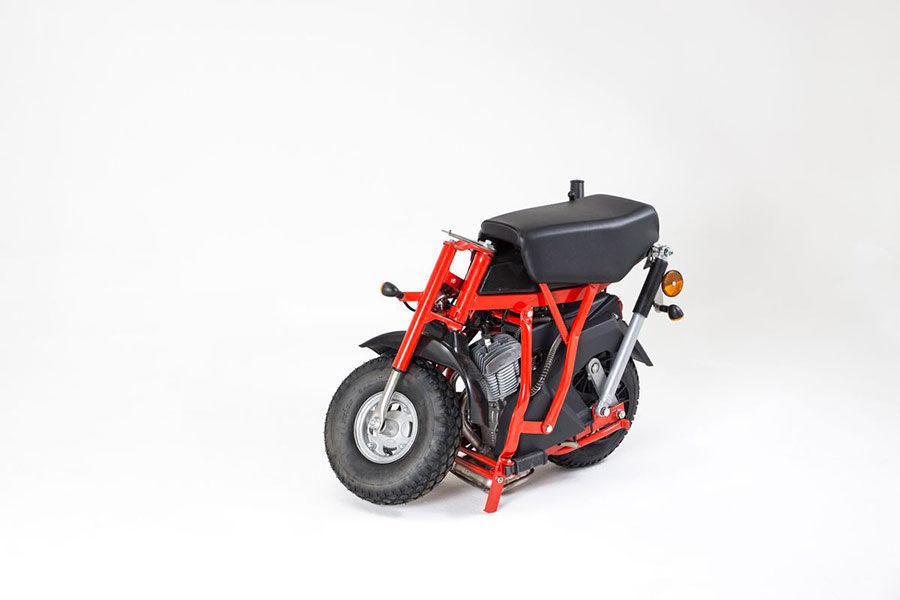 Ciclomotore-pieghevole-R7E-con-motore-a-due-tempi_3