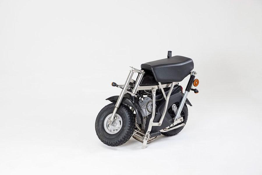Ciclomotore-pieghevole-R7E-con-motore-a-due-tempi_6